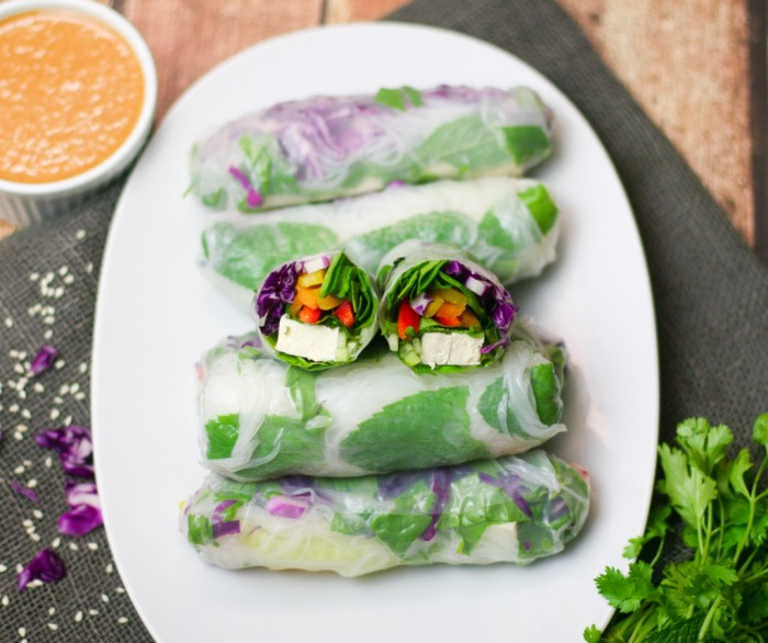 Tofu-Summer-Rolls-with-Peanut-Dipping-Sauce-7-1024x858
